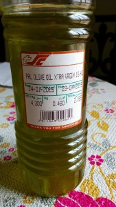 Takýto 5 dní dozadu lisovaný olej som si kupoval v Ománe